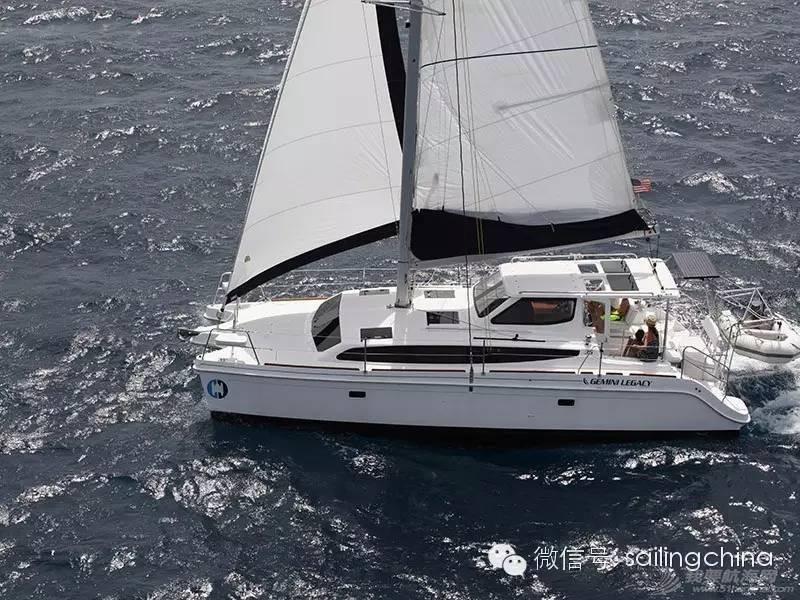 双体帆船与单体帆船的对比 d2da7b5b39cbcd5bebf4c8aba7fc8b8b.jpg