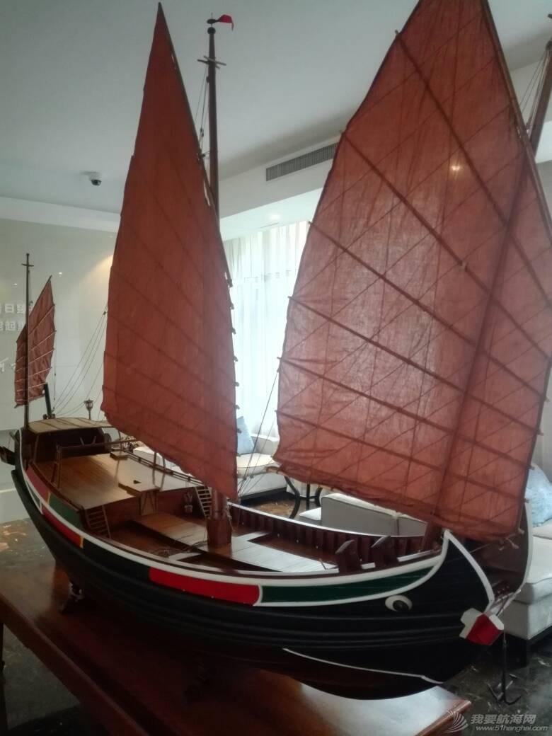 浙江大学海洋学院的中式帆船模型 105250y1njfzf6l8wzknnj.jpg