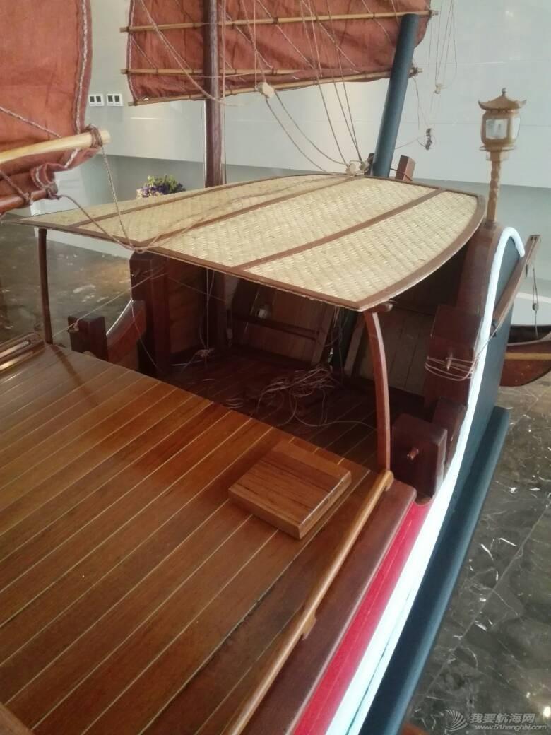 浙江大学海洋学院的中式帆船模型 105251scx1j1l1mmjrcnrx.jpg
