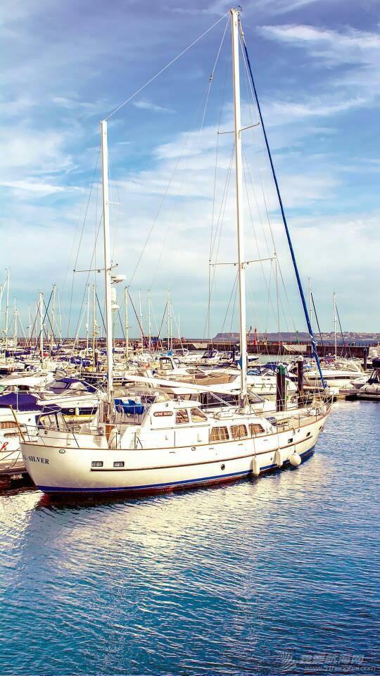 谁能介绍一下国外的帆船网站啊? 125516yhnhm4crp0eh0cbn.jpg