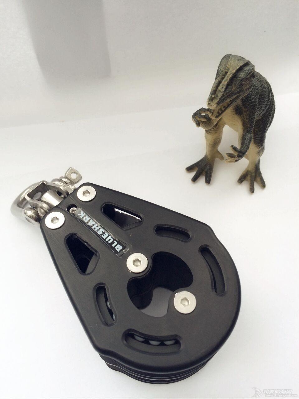 BLUESHARK 滑轮样品半价处理 231157双1个.jpg