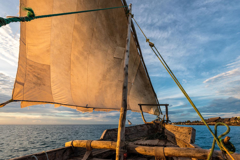 环游世界,帆船航海,200个字,爱上航海,自由和勇气 200个字,让你爱上航海 200个字,让你爱上航海8.jpg