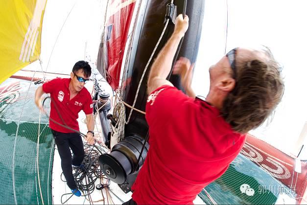 备战单人跨太平洋航行新纪录郭川在帆船麦加完成首次试航 0e479b21bbb82f058a1e316d32a0b96c.jpg