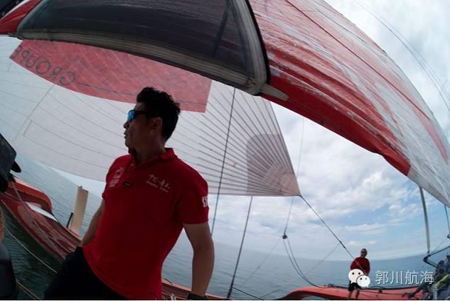 备战单人跨太平洋航行新纪录郭川在帆船麦加完成首次试航 617561e6e2fca9eb012a7f03eefeaaf9.jpg