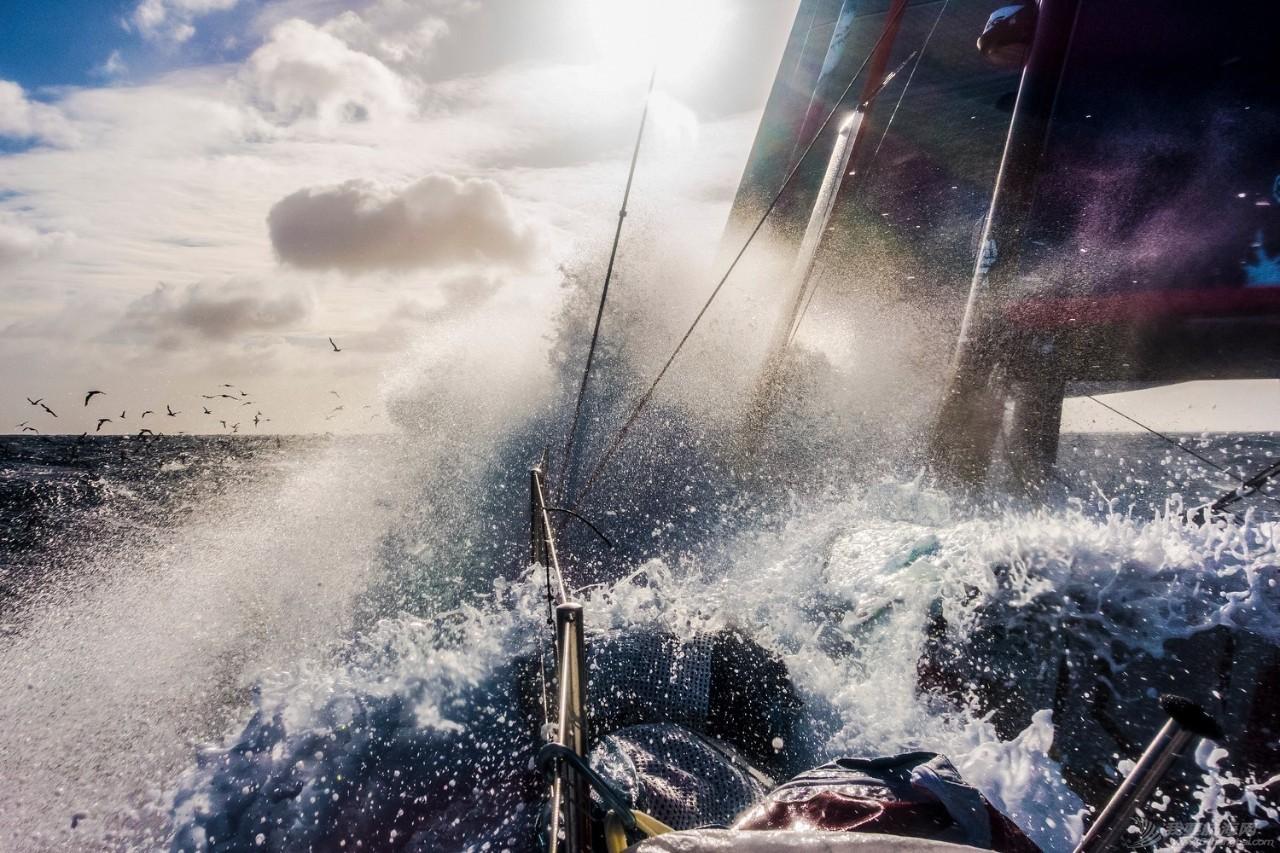 沃尔沃环球帆船赛正式宣布2017-18赛季航行路线 南大洋航线创造赛事历史 d28aa7b38e6aa2cb93d755ec1313a01e.jpg