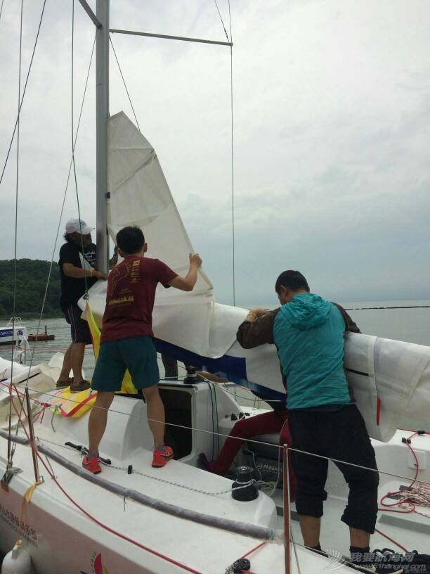 烟雨江南 太湖扬帆一一第八界太湖杯帆船赛有感 100717xfos04q8qx4vjf4f.jpg
