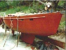 漂亮的挪威小渔船