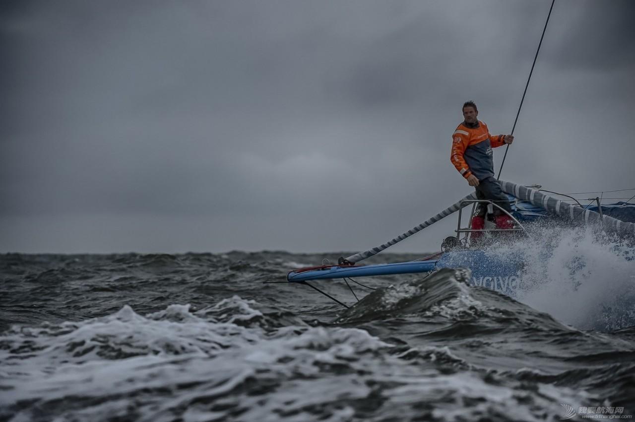 沃尔沃环球帆船赛宣布2017-18赛季首支参赛船队:阿克苏诺贝尔队 eccf4aa2041eb2cb0f7c2356bfad4424.jpg