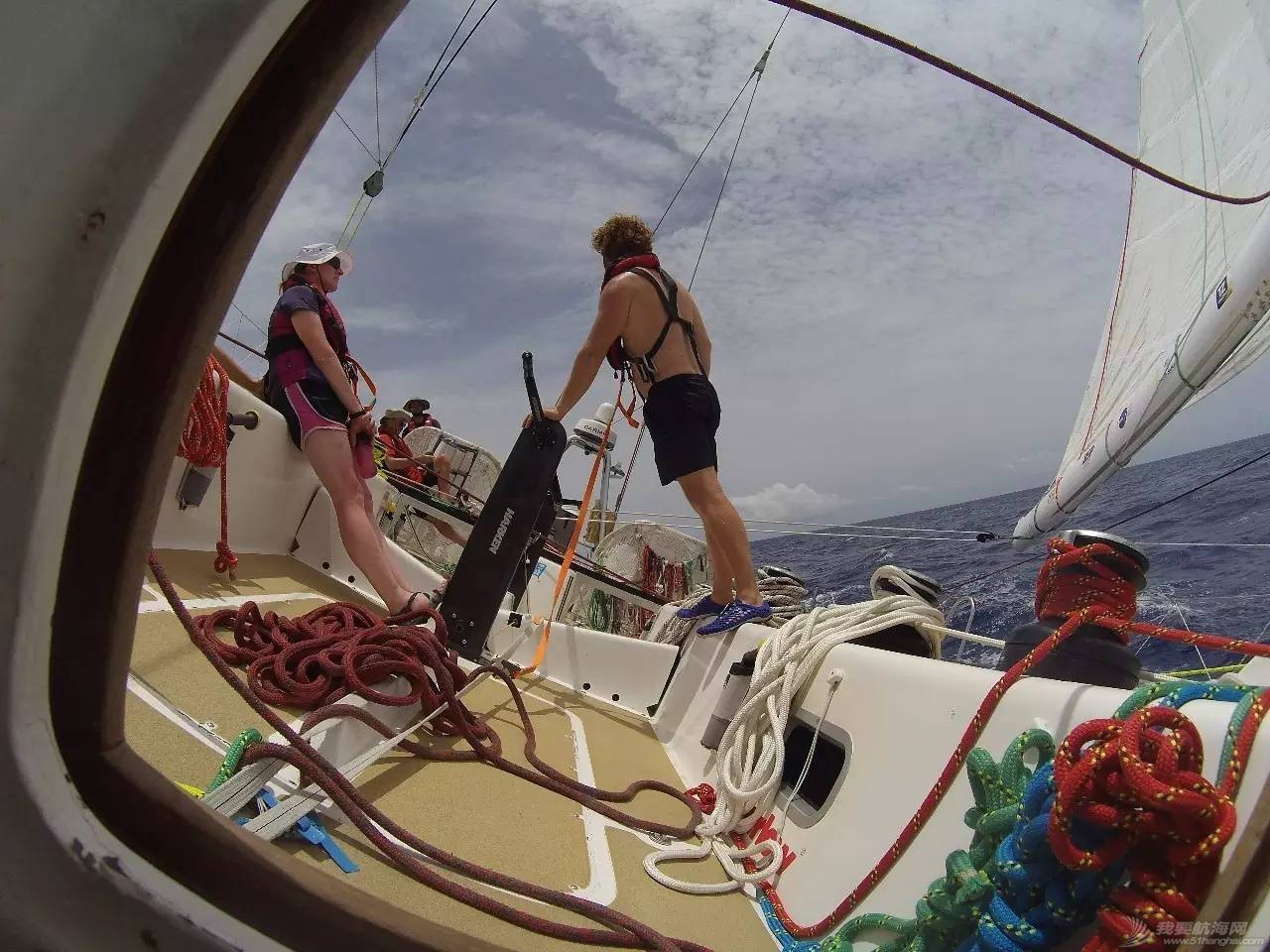 22岁她才见到海,27岁她在海上看世界 32fec086aa7f7d7a18bb99155edfdc22.jpg