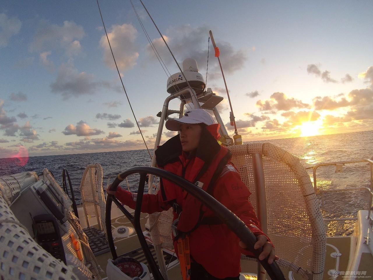 22岁她才见到海,27岁她在海上看世界 b7f44c0969e967081c6393458a4db1da.jpg