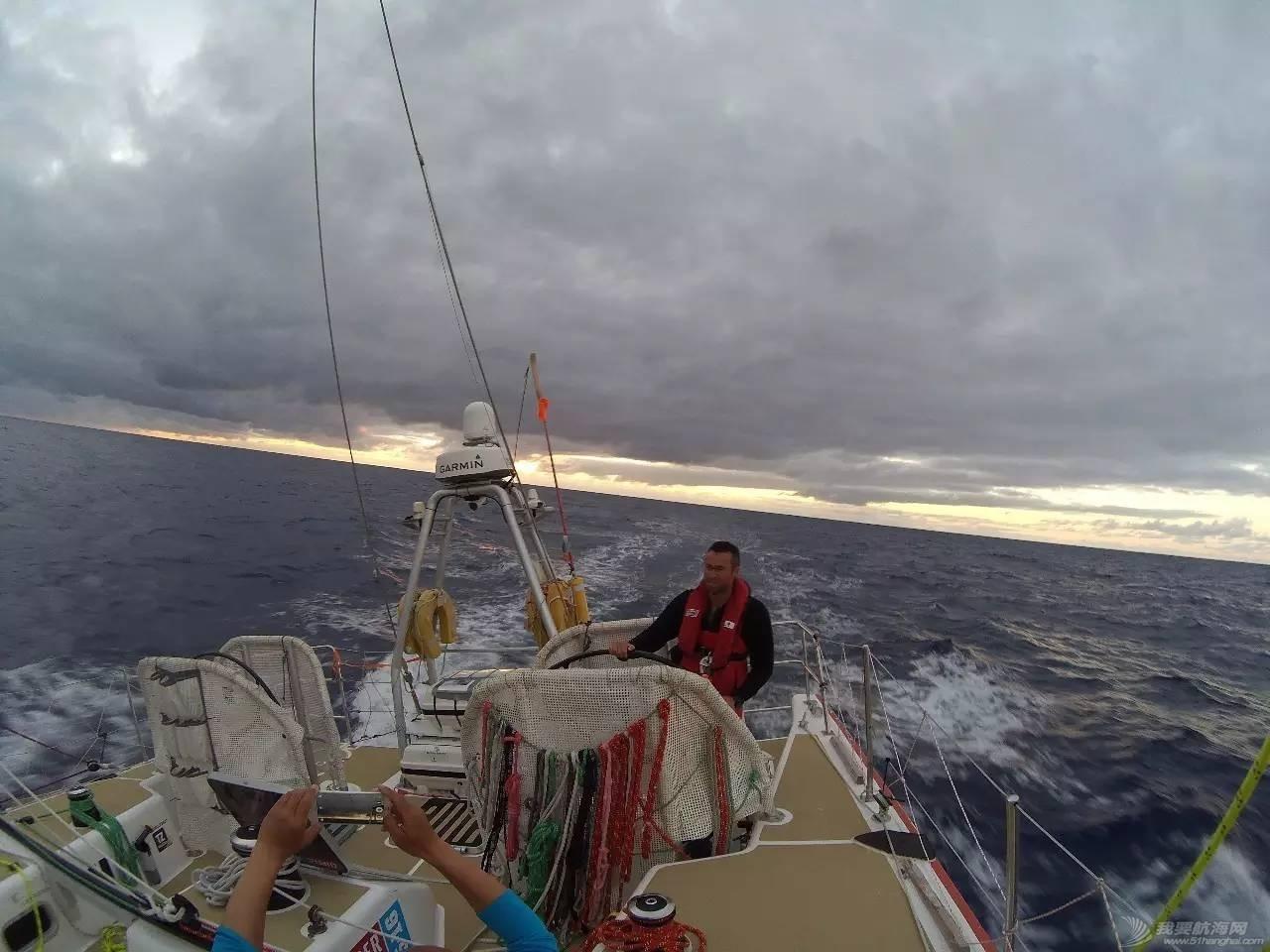22岁她才见到海,27岁她在海上看世界 1024c342807283e971411082c15fb3cf.jpg