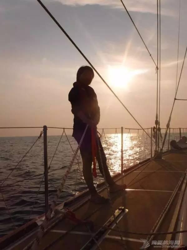 22岁她才见到海,27岁她在海上看世界 e23aa7c0ee576936e445d8ab8bd6f42a.jpg