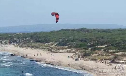 世界上十个最香艳的裸体海滩 f9ffcb1ececa0562318c4ea9e133585f.jpg
