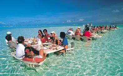 世界上十个最香艳的裸体海滩 0db36920b58cd26f8972cdc50c641dc1.jpg