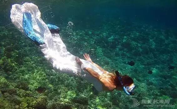 世界上十个最香艳的裸体海滩 37e2d24362a4682a244dd813614e78dd.jpg