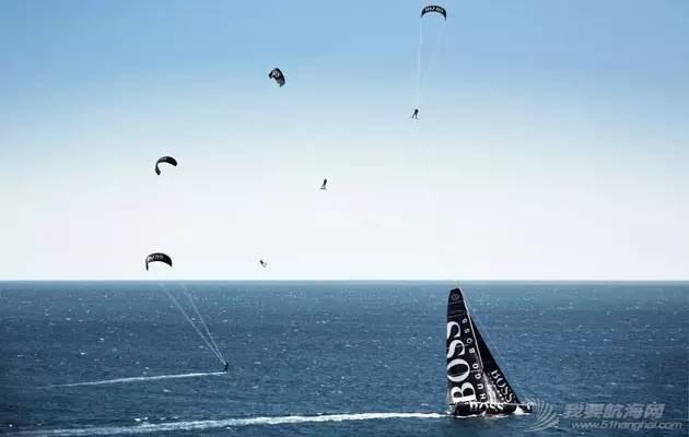 Alex Thomson: 从纽约—旺代单人航行帆船赛到旺代环球帆船赛 0cb73d455080a38c42ea4718fcc36ade.jpg
