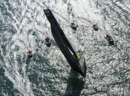 Alex Thomson: 从纽约—旺代单人航行帆船赛到旺代环球帆船赛 4479eba6627fe219f44c5907e1fd4bae.jpg