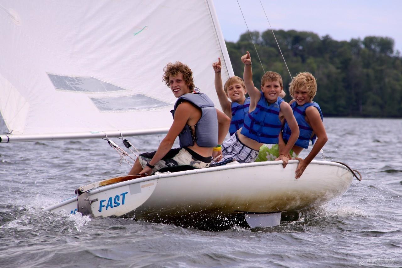 如何让孩子们爱上航海 b33376fe7193bf92608c592c820895eb.jpg