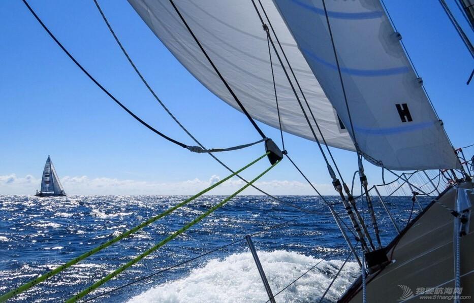 克利伯环球帆船赛|暴浪里的狂欢,爱与美景不可辜负 aa59d71b5379bce678d2f45272985a67.jpg