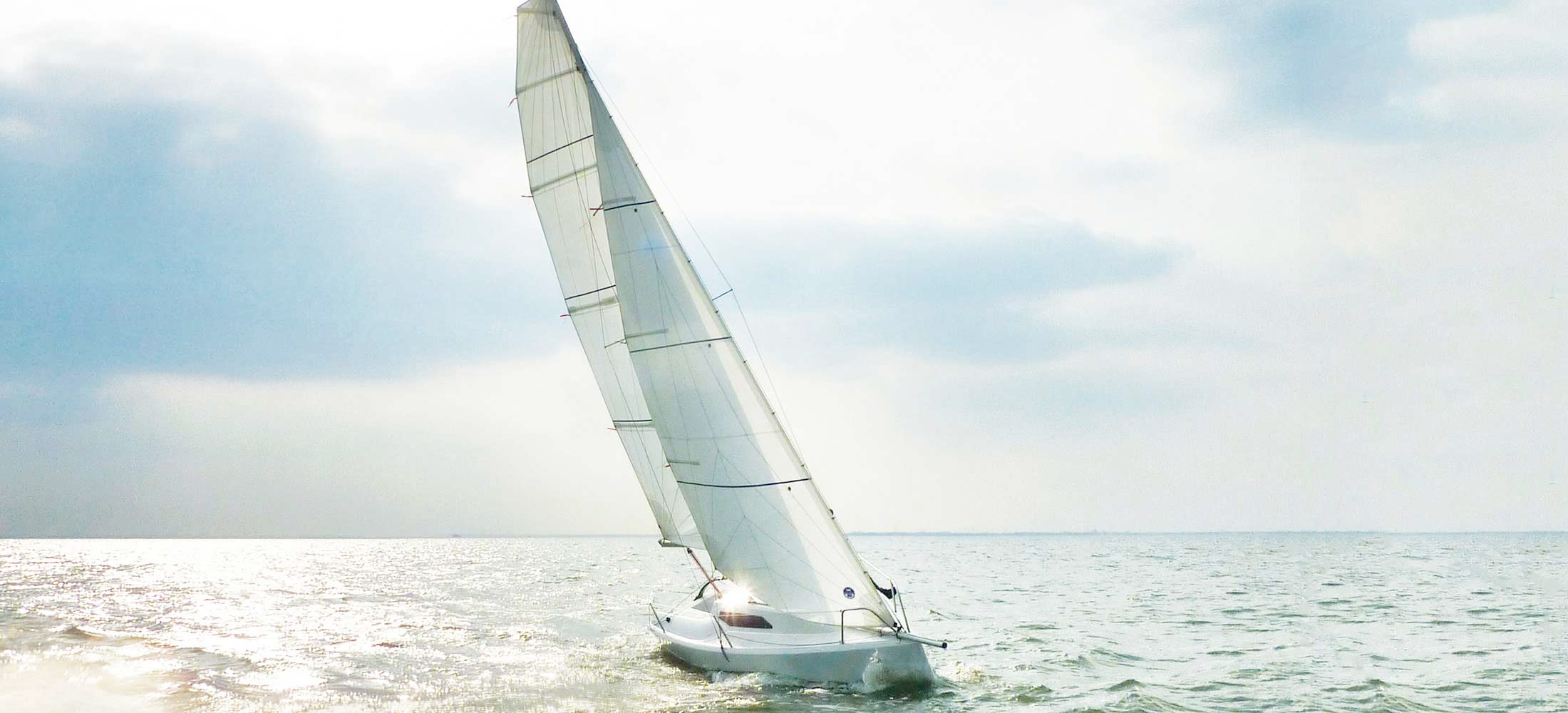 """雅马哈,帆船运动,室内设计,碳纤维,排水量 福利:7万一条处理""""珐伊18""""帆船【青岛】 74196579d9c2a32745.png"""