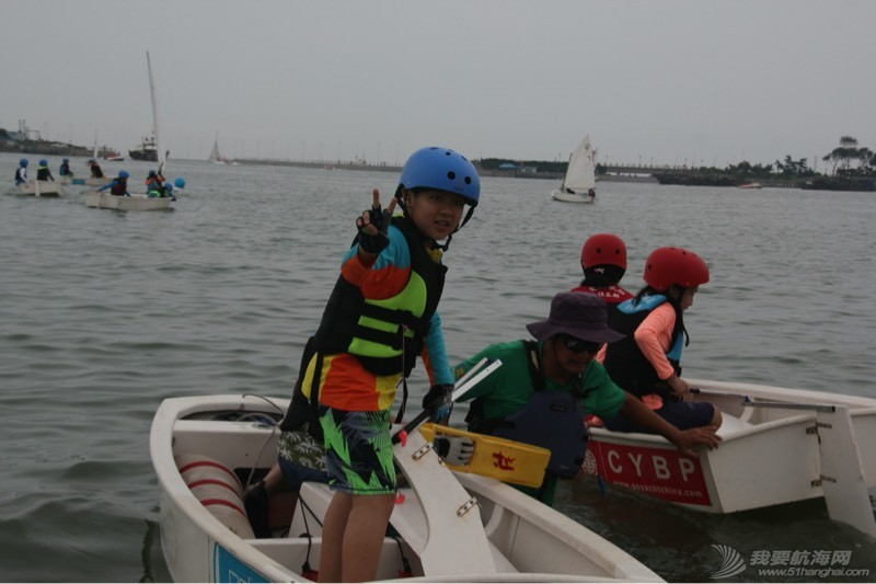 小小帆船 203506t7m1471x4662xt63.jpg