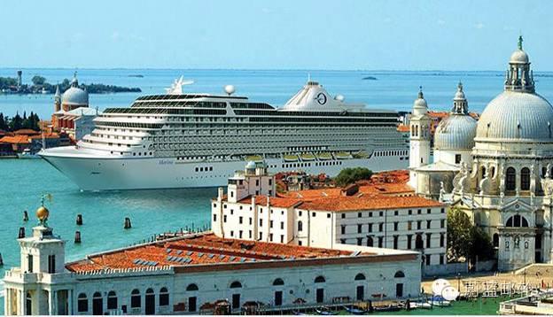 大洋蔚蓝海岸号Oceania Riviera ce28b3780333cd8aabe113c5cb9e541b.jpg