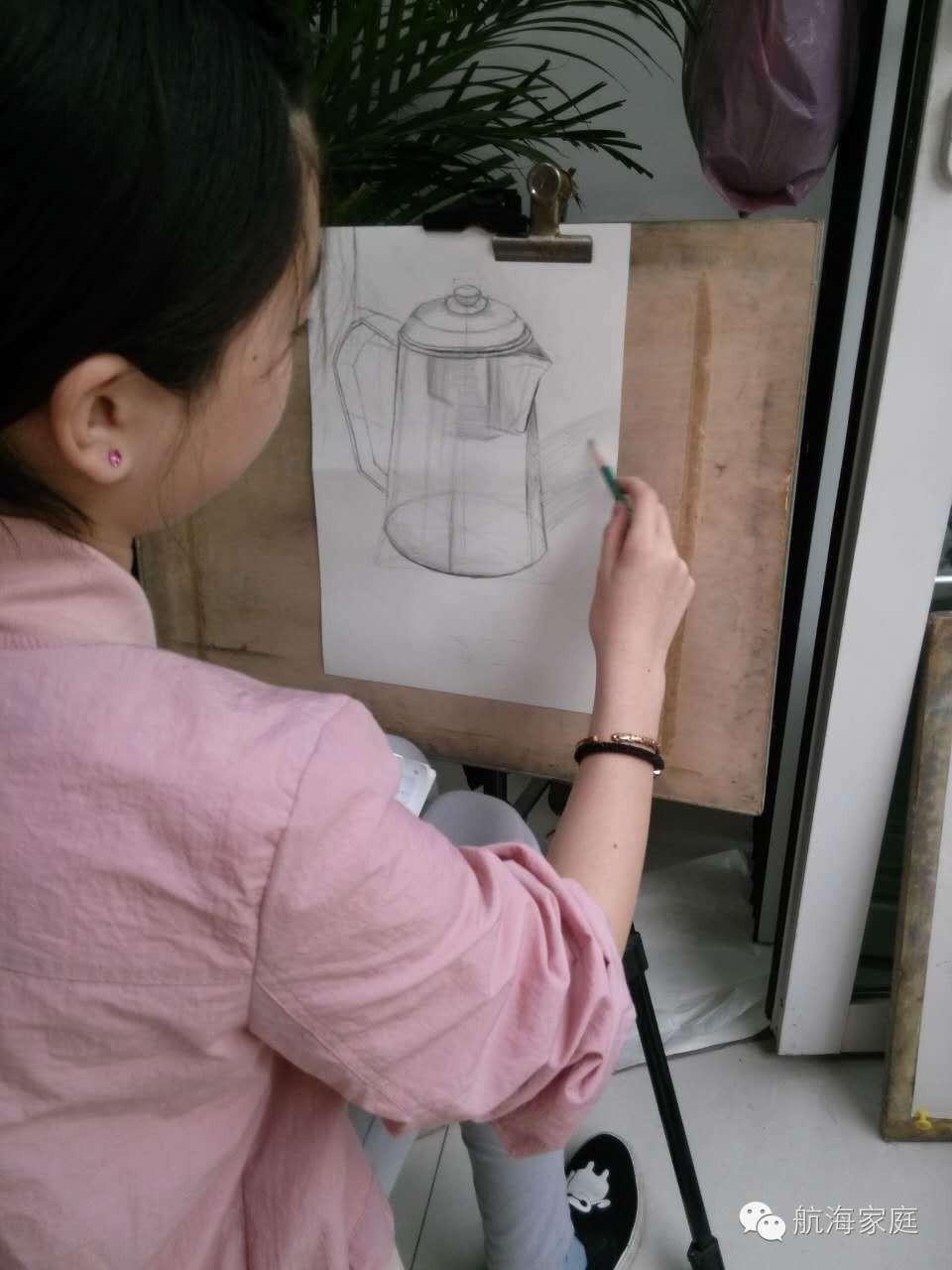 别人在上学,我在画画 effa39b5d2038e522501399955b7c8af.jpg