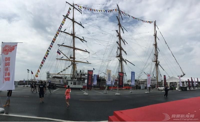 到青岛看俄罗斯的大帆船 113216tx3qx7h6xw16e3dr.jpg