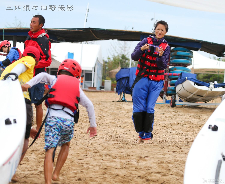 有这样的父母有这样的孩子中国航海未来可期--田野摄影告诉你几个摄影故事 E78W9395-2.jpg