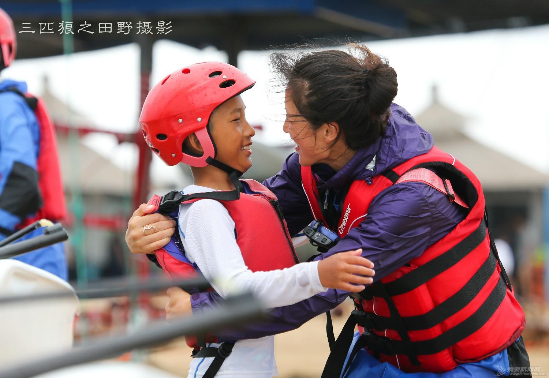 有这样的父母有这样的孩子中国航海未来可期--田野摄影告诉你几个摄影故事 E78W9415-2.jpg