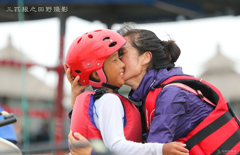 有这样的父母有这样的孩子中国航海未来可期--田野摄影告诉你几个摄影故事 E78W9421-2.jpg