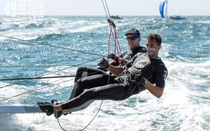 扒一扒奥运开幕式上的肉感旗手们,有13位是帆船帆板选手 ad7036fd813d2a7bca79c7289645492c.jpg