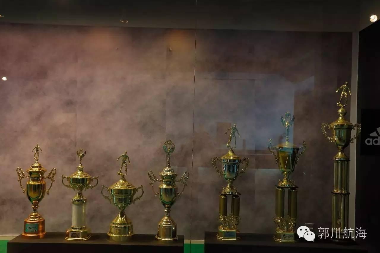 郭川船长出席WOA奥运选手联谊中心开幕仪式和摩纳哥亲王阿尔伯特二世见面 9be32f1fd10c3bee348662bf7c3b34f0.jpg