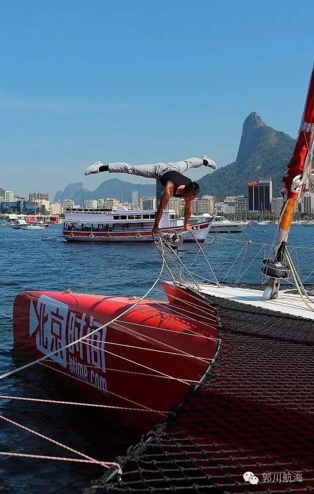 北京时间,训练舰,美国,巴西,国家 郭川船长参加里约高桅船海上巡游和李东华一起玩体操 f3ad96110bea82c0f6e6d44a2ea52faa.jpg