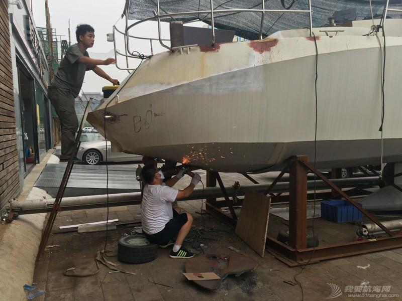 尾轴船底改装完成 哥几个辛苦! 211047rbhohdc1cxxdsts7.jpg