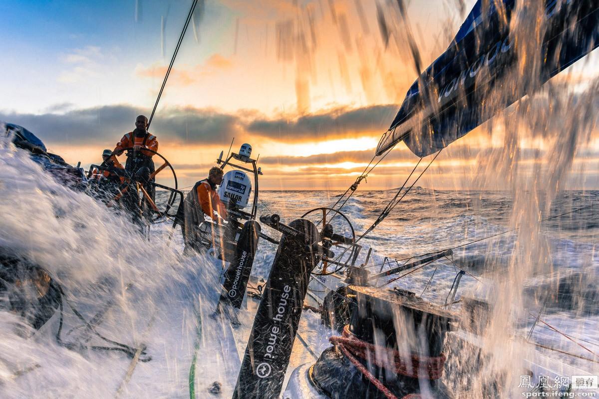梦里参加帆船赛 2.jpg