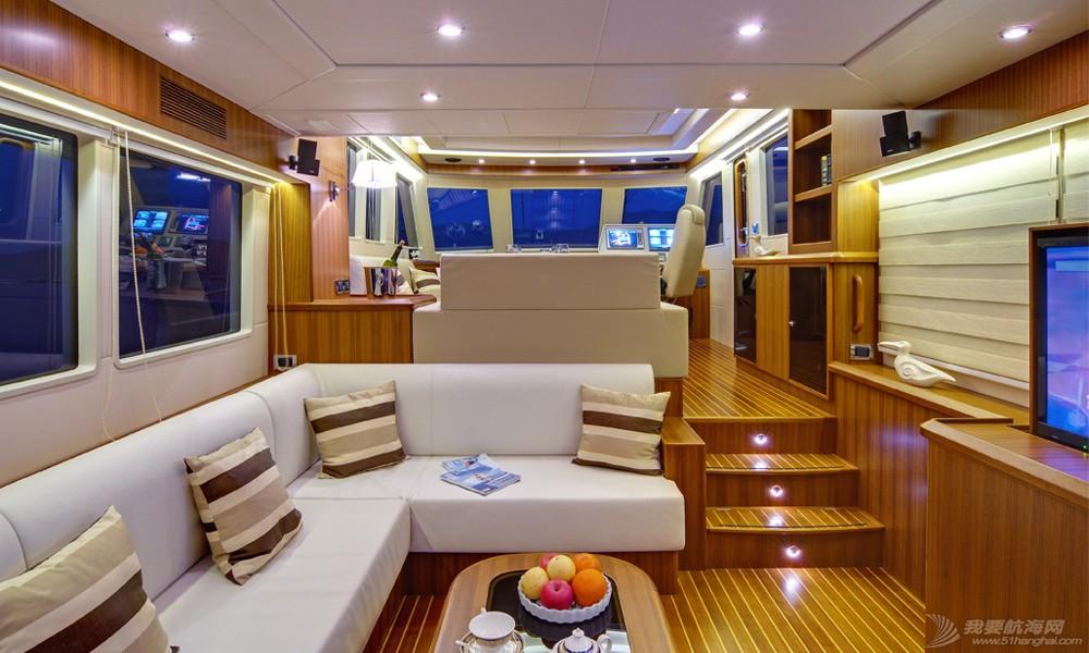 三亚 58尺远洋游艇三亚年租60万 a070015b-d810-426a-9c00-2b65cc63b95c.jpg