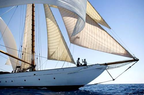 远航帆船与竞技帆船的区别 1b7b0d06bfa186fd285148a39b0a799e.jpg
