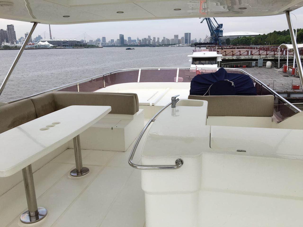 上海,观光,商务,私人,外滩 上海游艇租赁豪华商务游艇私人派对外滩游艇观光高端私人订制