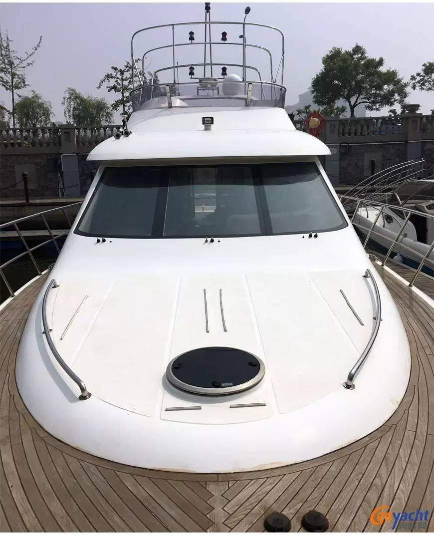 二手游艇|Sunbird 58尺豪华动力飞桥艇200万转售 50023eccced01e1cc2383268795e25b6.jpg
