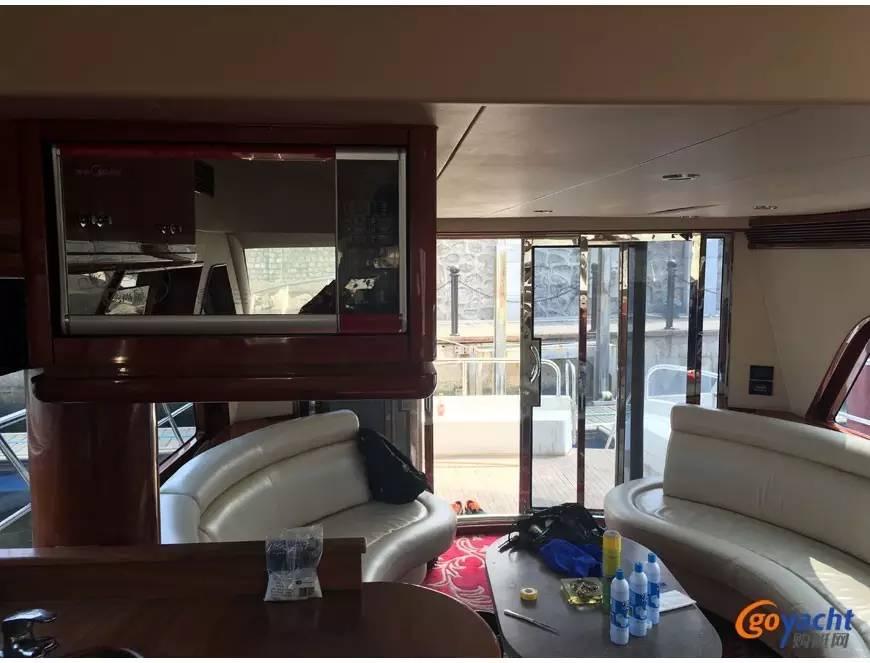 二手游艇|Sunbird 58尺豪华动力飞桥艇200万转售 cef750cf76b52e295c389a29abf4d313.jpg