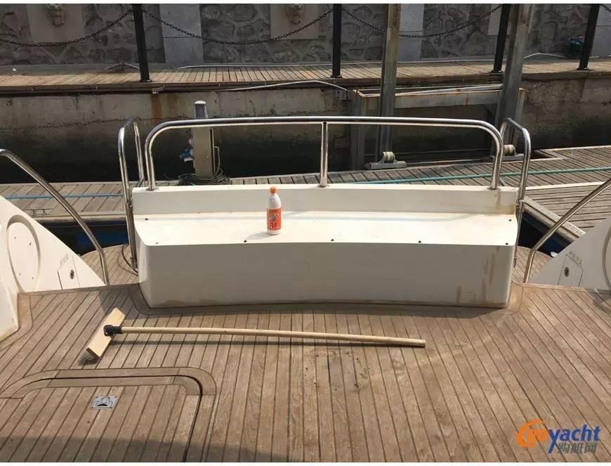 二手游艇|Sunbird 58尺豪华动力飞桥艇200万转售 9b24204f5679d3197c753c684fc479d8.jpg