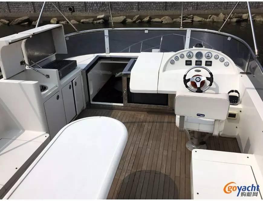 二手游艇|Sunbird 58尺豪华动力飞桥艇200万转售 c7dea7a9b23f92337664804f1be97add.jpg