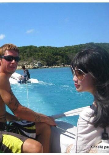 white heaven beach 小艇坏了 但结识了一帮友友 002337szjjwo414wmjhzgw.jpg