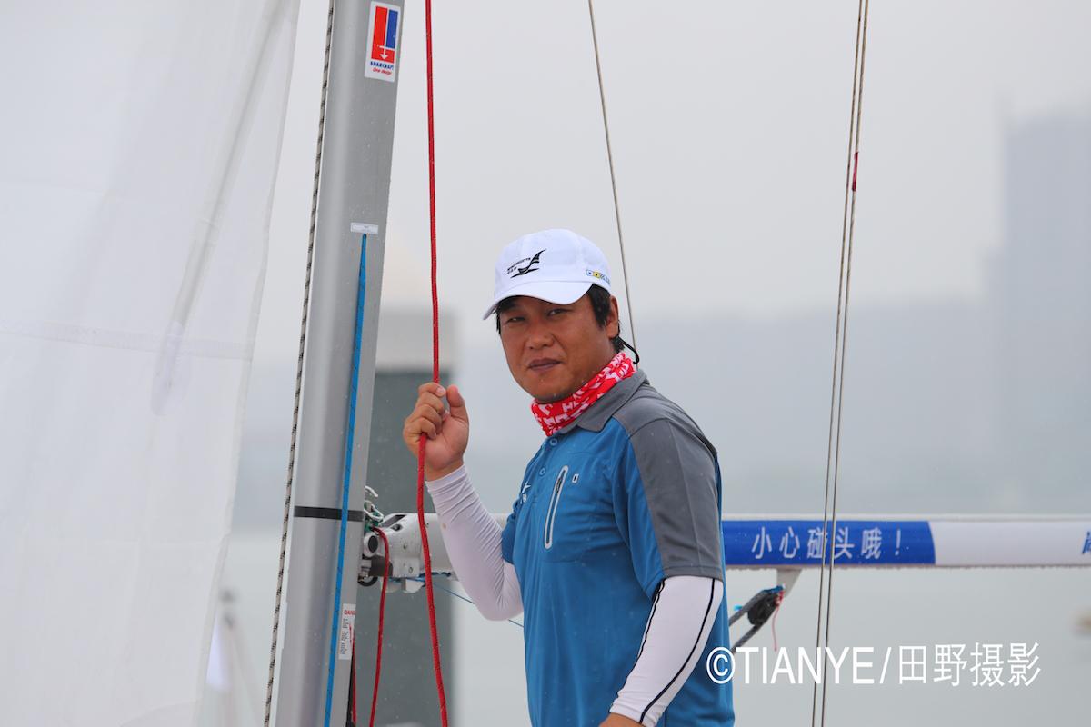 厦门 帆折人不折  厦门俱乐部杯帆船赛如期开赛--田野摄影 AG3I1735副本.JPG