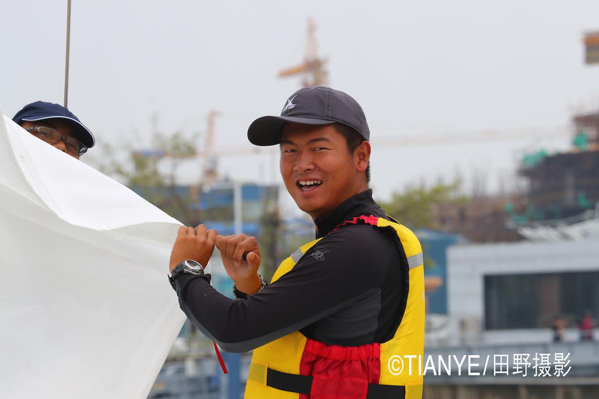 厦门 帆折人不折  厦门俱乐部杯帆船赛如期开赛--田野摄影 AG3I1821副本.JPG