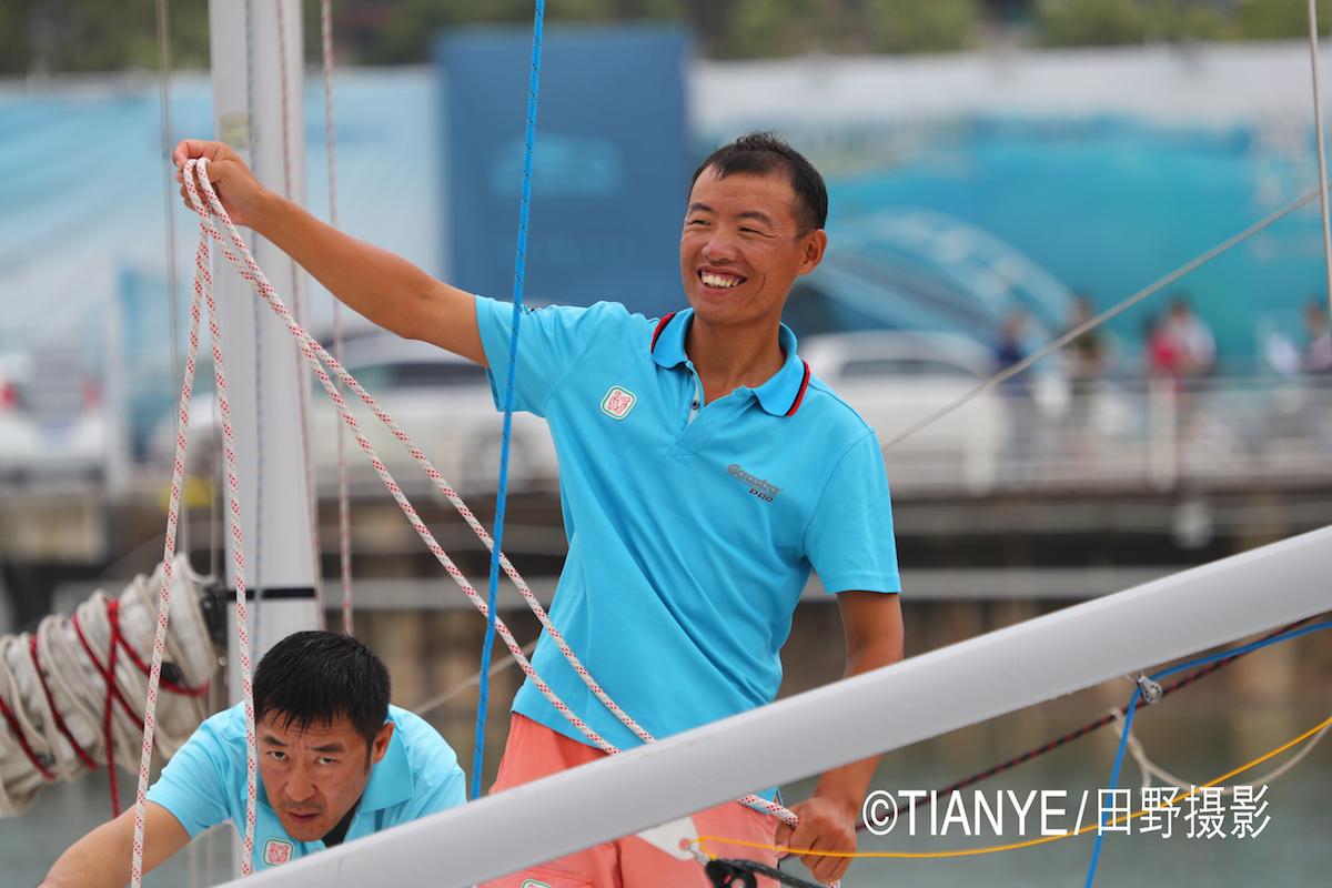 厦门 帆折人不折  厦门俱乐部杯帆船赛如期开赛--田野摄影 AG3I1836副本.JPG