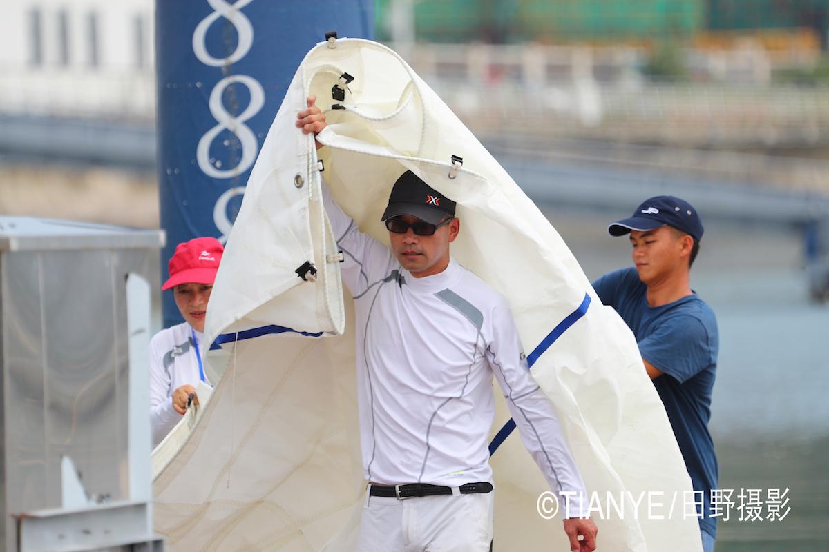 厦门 帆折人不折  厦门俱乐部杯帆船赛如期开赛--田野摄影 AG3I2037副本.JPG