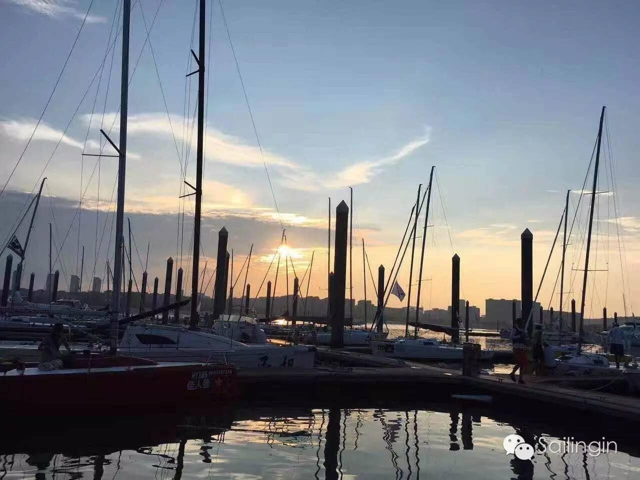 阳光,天气,厦门,工作人员,挑战赛 台风过后,有阳光照进心里,2016中国俱乐部杯帆船挑战赛堪称史上最温暖的帆船赛。 3d40e338355cbd808448b8b1a78f98a9.jpg