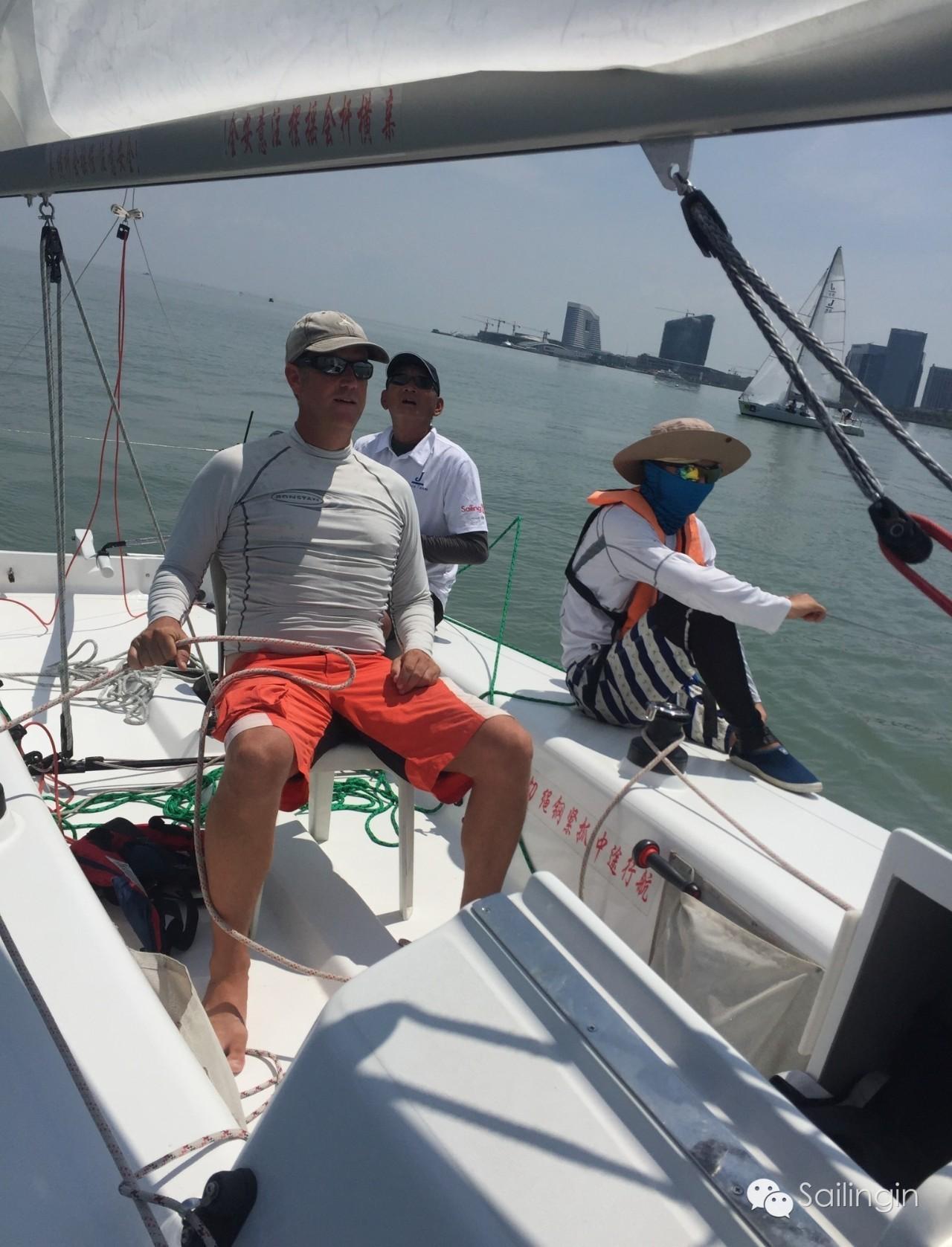 阳光,天气,厦门,工作人员,挑战赛 台风过后,有阳光照进心里,2016中国俱乐部杯帆船挑战赛堪称史上最温暖的帆船赛。 7a2a8392f03069b2b1066fda960413c1.jpg